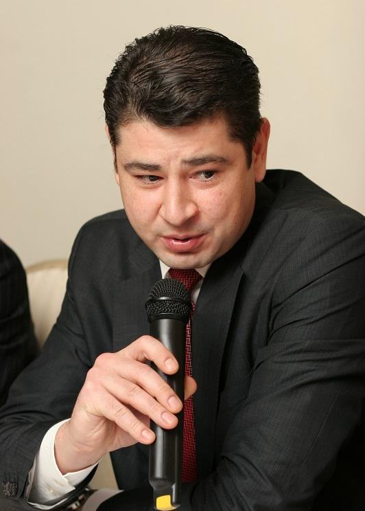 Бухер Дмитрий